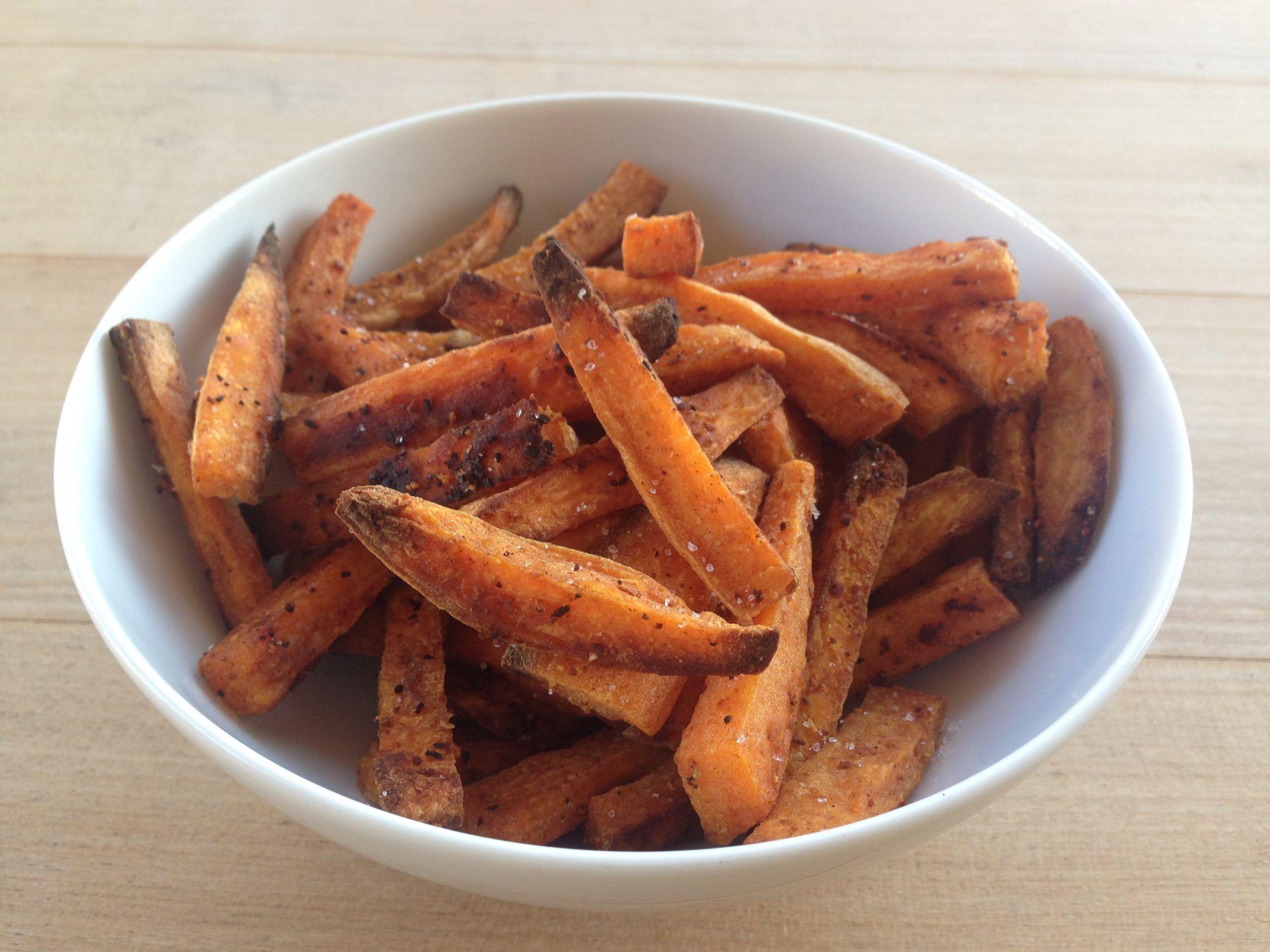 Süsskartoffel-Pommes aus dem Backofen